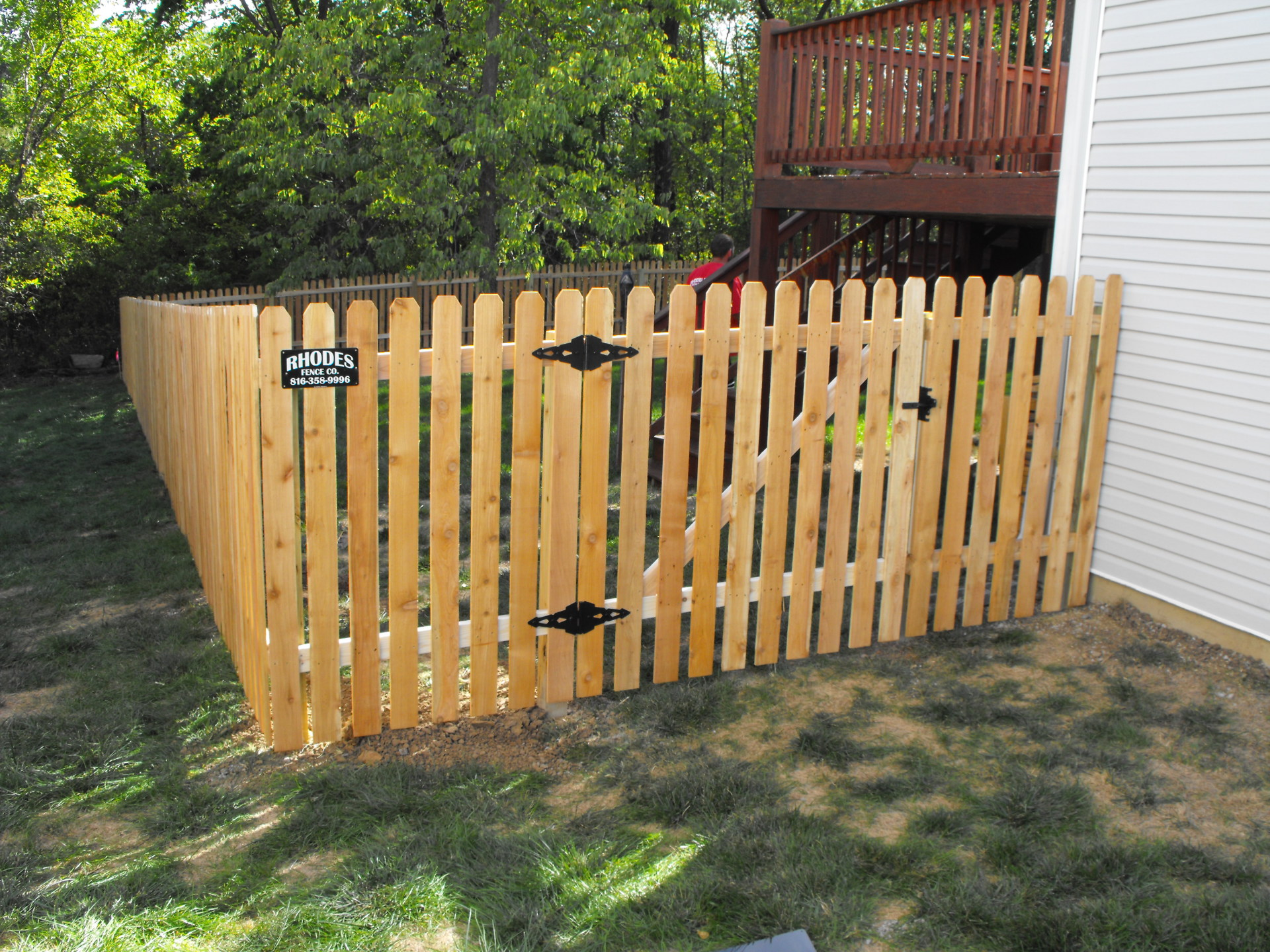 5' Cedar Pickett fence